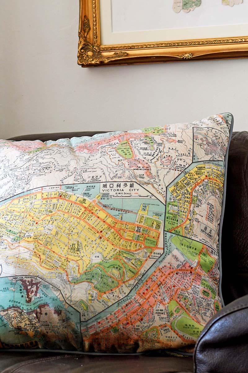 HK Map cushion sofa