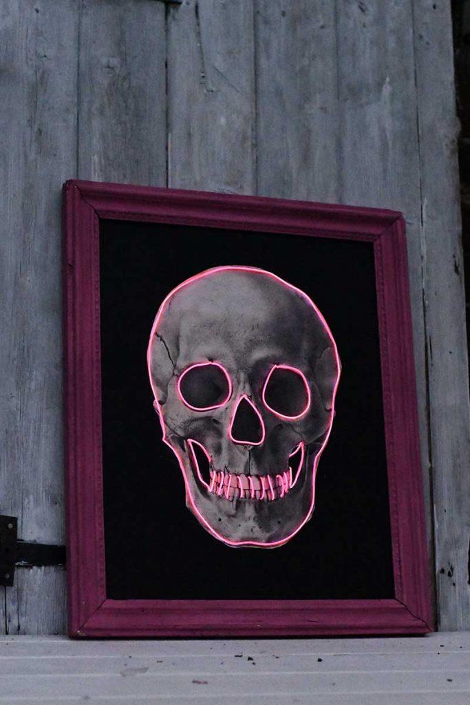 Skull decor in the dark