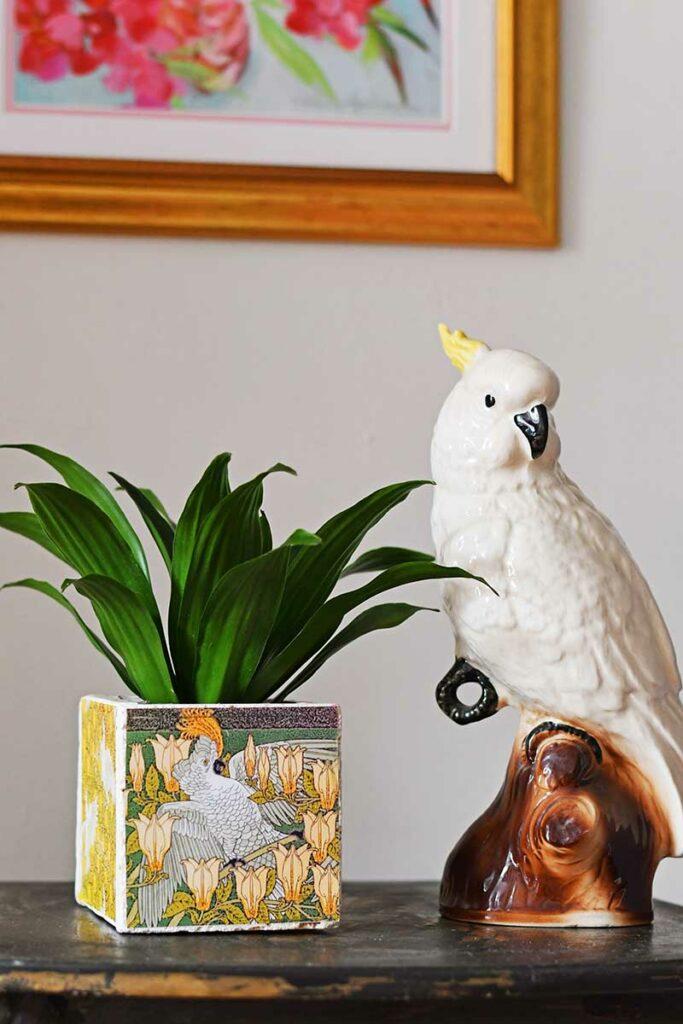 diy-tile-cockatoo-planter
